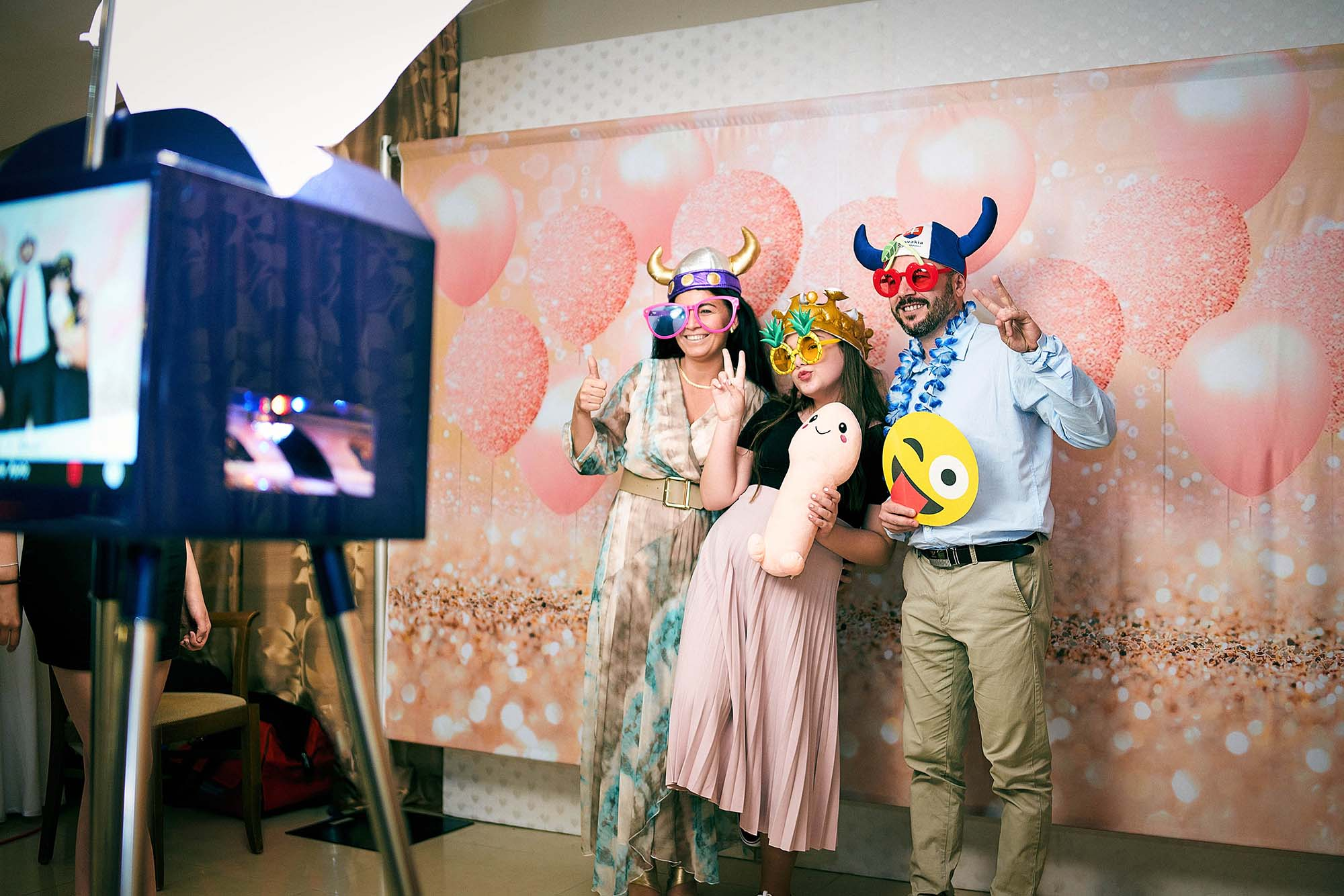 Fotokútik na svadbu - originálný svadobny dar / program pre hostí